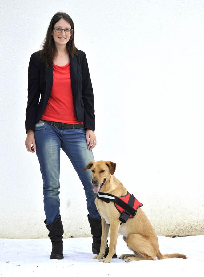 dogscan julie gaultier et rocky le chien d tecteur de punaises de lit. Black Bedroom Furniture Sets. Home Design Ideas